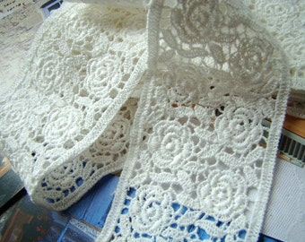 off white lace trim, natural cotton lace with rose pattern CMSR28B