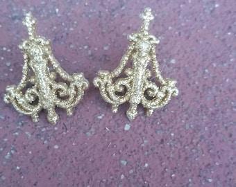 Fun button earrings