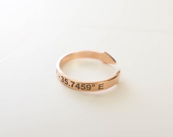 Dainty Coordinates Ring - Latitude Longitude Ring - Personalized Latitude Longitude Jewelry - Location Ring - Stackable Band Ring