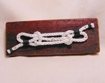 Sheepshank Knot on Barnboard