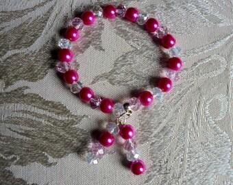 Shades of pink bracelet. Bridesmaid bracelet. Graduation gift. Beaded stretch bracelet. Stretch bracelet. Elastic bracelet. Beaded bracelet.