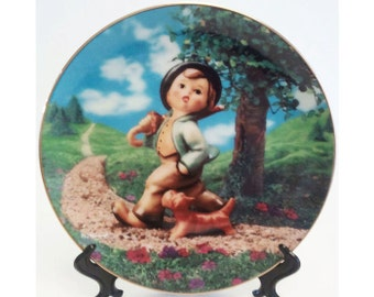 M.I. Hummel Strolling Along Gentle Friends Collectors Plate Danbury Mint 1991 Registered R3216