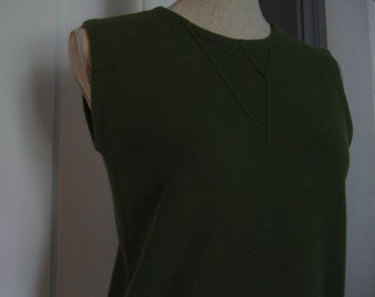 Vintage Moss Green Sleeveless Sweater