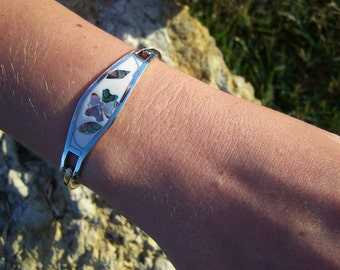 """Vintage 60's """"TAXCO"""" Silver Bracelet White Enamel with Abalone Shell in a Flower Design"""