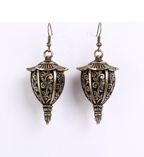 Large antique brass lantern dangle earrings (624)