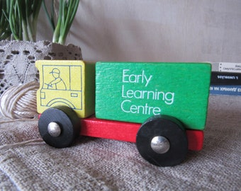 Vintage wooden car bright colored car early learning centre car green yellow red black car simple resistant toy wooden retro toy car boy