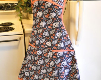 Vintage Style Full Apron in Navy and Peach Paisley SALE
