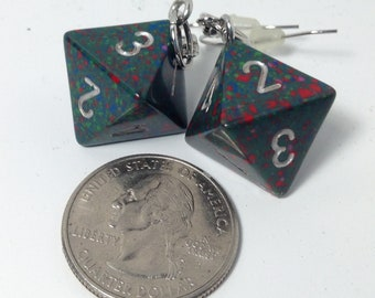 Green/Red speckled D8 earrings