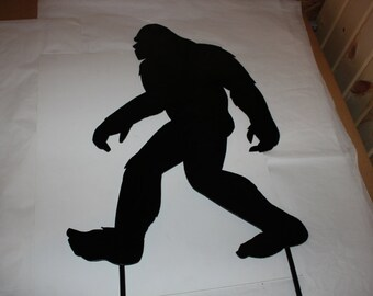 Sasquatch - Big Foot lawn ornament