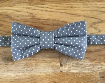 Bow tie has white dots