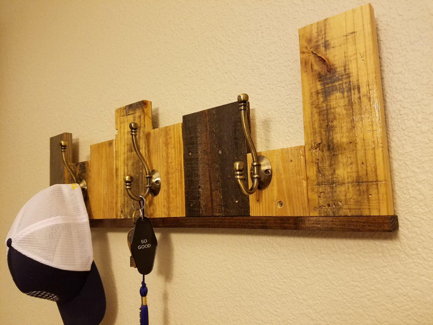 Reclaimed Recycled Pallet Wall Coat Rack - Upcycled wood wall art ...
