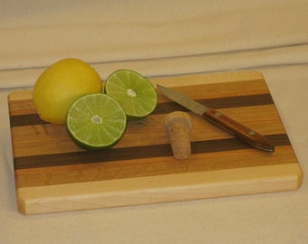 Small Hardwood Cutting Board / Serving Tray