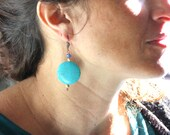 Turquoise dyed howlite an...