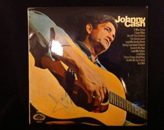 """Johnny Cash """"The Man in Black"""" Hand Signed Vinyl Record Sleeve"""