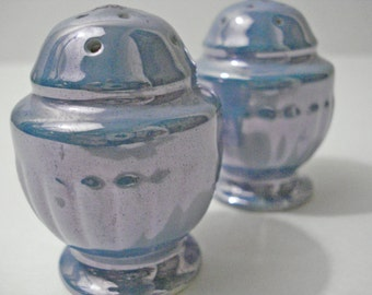 Blue Lustreware Salt & Pepper Shakers Iridescent Glazed Made In Japan Vintage