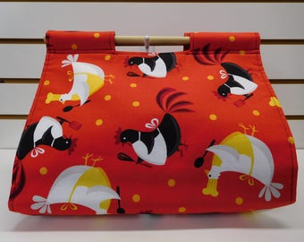 "637 ""Chicky Chefs"" Casserole Carrier, Red background; Chickens Decor; Chicken Food Carrier fits many sizes/shapes of dishes; easy to carry"