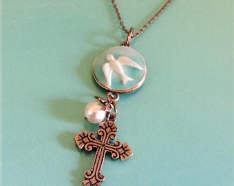 Cross Necklace Women, Peace Dove Pendant, Gift for Her Mom Girlfriend BFF Minister Pastor Christian, Gift Under 50