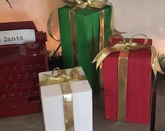 Christmas decoration - fake presents - wood presents
