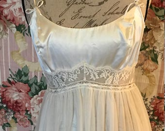 Claire Sandra By Lucie Ann Bridal Nightgown