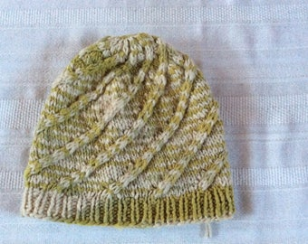 Kid's Swirl Hat in Cream & Green 2220S