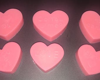 Sets of love heart party favour soaps