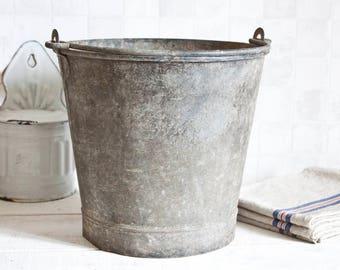 Antique French galvanized bucket - Vintage zinc bucket - Home Decor - Country style - Industrial loft deco