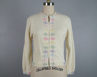 Vintage 1950s Cream Pastel Beaded Sweater 50s Long Sleeve Cardigan by Jo Ro Imports Size M