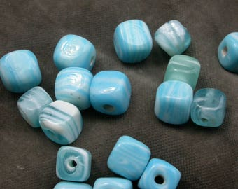 set of 10 glass cube beads baby blue