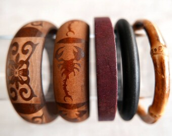 Bracelet in wood
