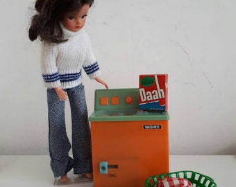 Vintage Kenner Dolls Washer Dryer Basket and Daah