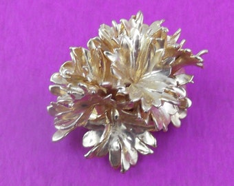Vintage Real Gold Electroplated Parsley Pendant