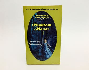 Vintage Gothic Romance Book Phantom Manor by Marilyn Ross 1970 Paperback