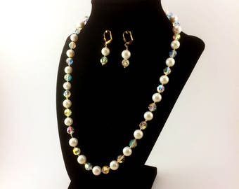"""Hand-Knotted Cream/Neutral Potato Pearls 20"""" Necklace And Earring Set"""