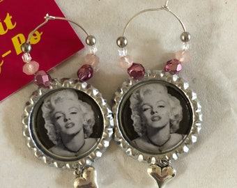 Gotgeous Marilyn Monroe pinup retro bottle cap earrings