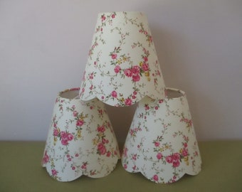 Lamp shade scalloped case to clipser to luster and applique fabric shabby creamy yellow pale, 3 color choices - handmade