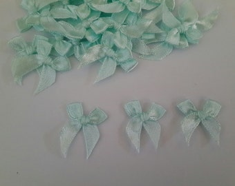 Light Green 100 mini Satin Ribbon Bows Applique Embellishments 7mm size
