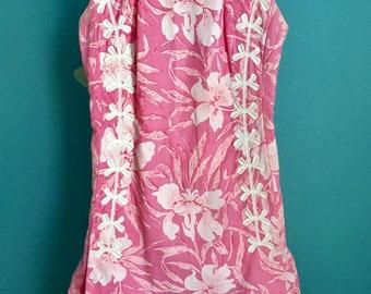 Vintage 60s Hawaiian-like floral print shift dress