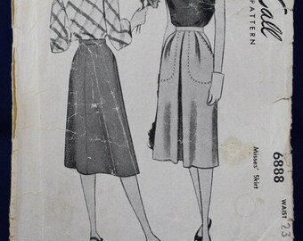 1940's Sewing Pattern for a Skirt in Size 8 - McCall's 6888