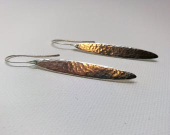 Leaf-shaped sterling silver earrings for women   Oval-shaped   Minimalist style   Gift for her