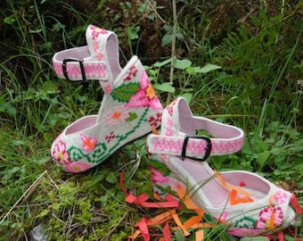 Hand embroidered multi color wedges for women