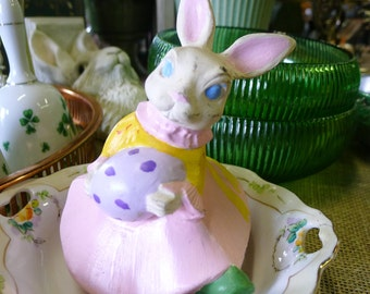 Vintage hand painted ceramic bunny
