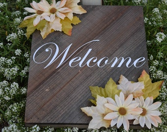Hanging Wooden Welcome Sign
