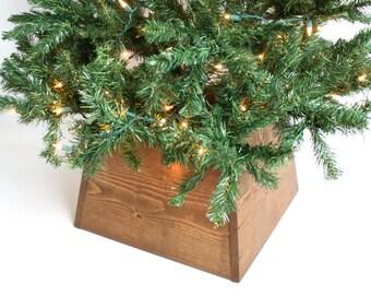 Christmas Tree Base- Christmas Tree Skirt- Decorating for Christmas- Farmhouse Style Decor- Farmhouse Decorating Ideas- Rustic Homes