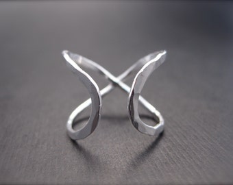 Infinity Ring (Wide) - Sterling Silver Promise Ring