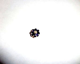 8-Stone 14kt-Gold-Tanzanite-Flower-Motif-Pendant, Appr for 500