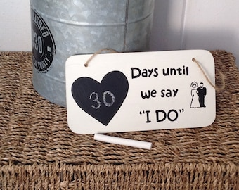 Wedding Day Count Down, Chalkboard, blackboard, bride to be, bride and groom, wooden sign, handpainted sign, wedding sign