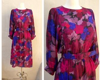 SALE 80s floral dress / plum lavender fuschia / office dress, secretary dress, layered, sheer, flirty / womens 7/8 medium, bust 38