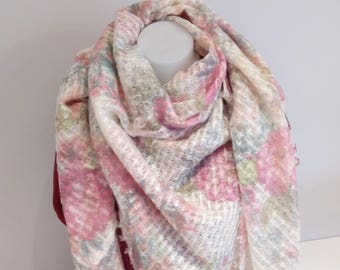 Mohair and viscose Ecru floral shawl