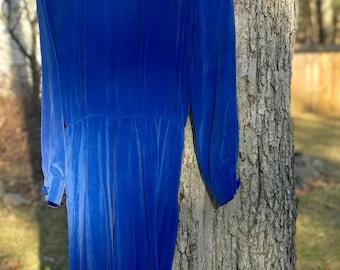 vintage yl blue genuine/100% silk long sleeve dress size 6