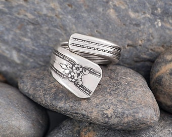 Silverware Handle Ring (Spoon Ring) Size 5 SR165